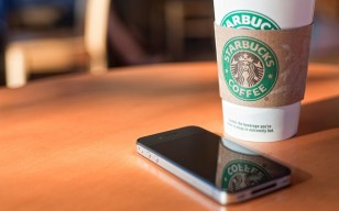 Coffee, and, iphone, brands обои 1537x1025